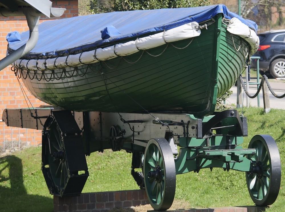 När båten behöver transporteras på land